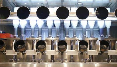 En un local de Boston llamado Spyce han comprado robots cocineros